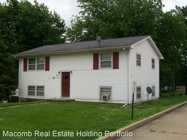 2 Bedrooms, Macomb City Rental in Macomb, IL for $640 - Photo 1