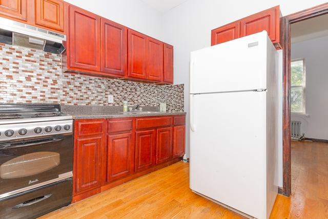 2 Bedrooms, Bushwick Rental in NYC for $1,995 - Photo 1