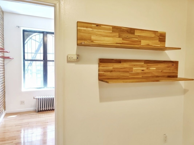 3 Bedrooms, Bowery Rental in NYC for $2,959 - Photo 1