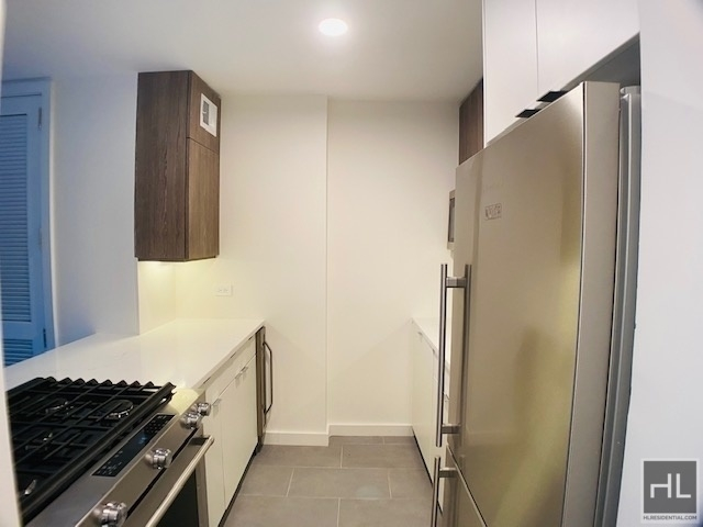 Studio, Hell's Kitchen Rental in NYC for $2,058 - Photo 1