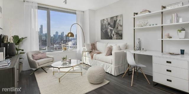 1 Bedroom, Old Town Rental in Chicago, IL for $1,800 - Photo 1