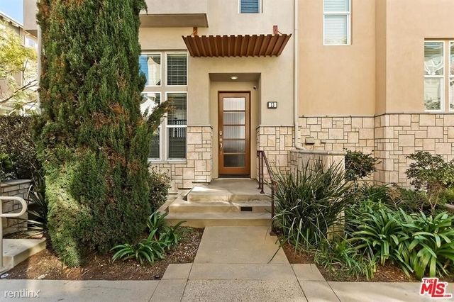 2 Bedrooms, Oakwood Rental in Los Angeles, CA for $4,300 - Photo 1