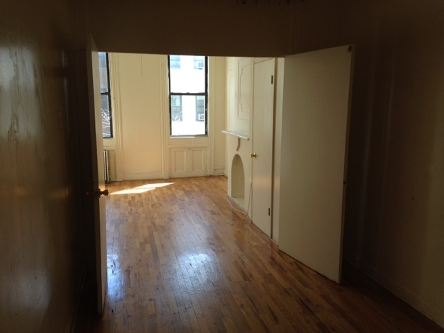 2 Bedrooms, Bushwick Rental in NYC for $1,900 - Photo 1
