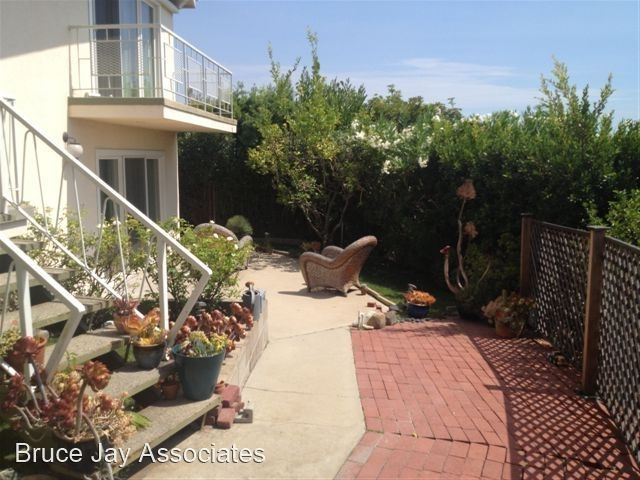 3 Bedrooms, Hollywood United Rental in Los Angeles, CA for $7,350 - Photo 1