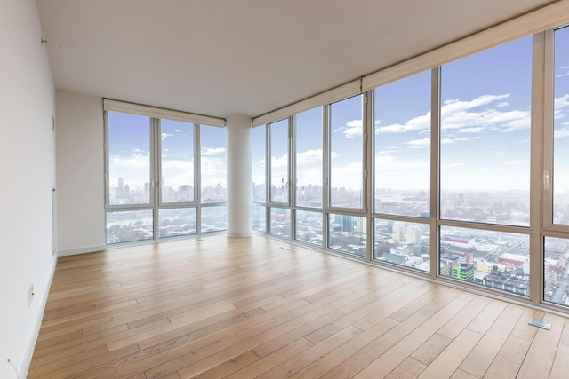 2 Bedrooms, Long Island City Rental in NYC for $4,535 - Photo 1
