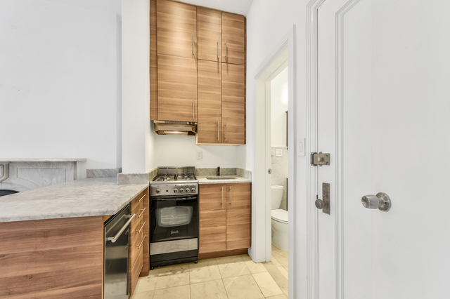 Studio, Gramercy Park Rental in NYC for $2,383 - Photo 1