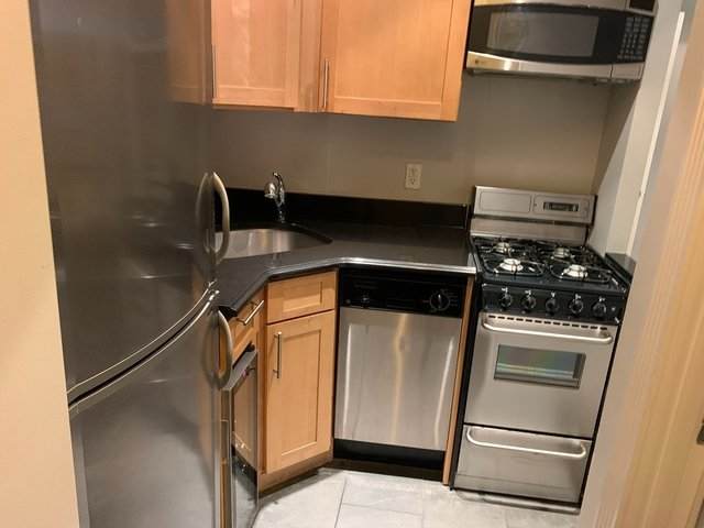 1 Bedroom, Turtle Bay Rental in NYC for $1,937 - Photo 1