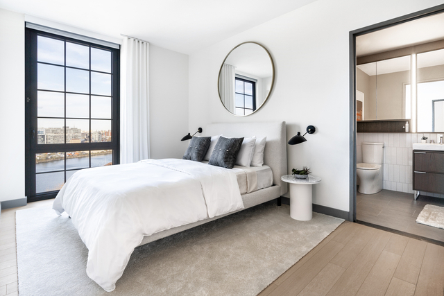 3 Bedrooms, Greenpoint Rental in NYC for $6,908 - Photo 1