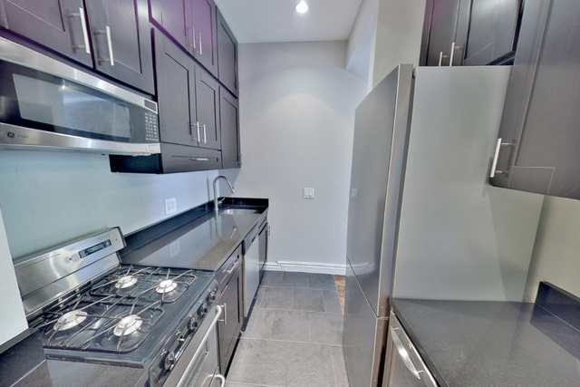 4 Bedrooms, Hell's Kitchen Rental in NYC for $3,496 - Photo 1