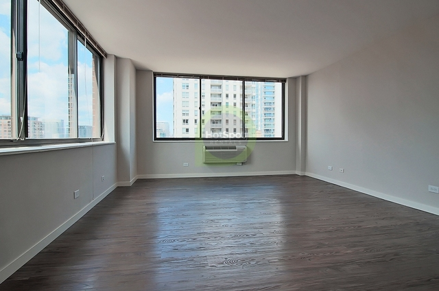 1 Bedroom, River North Rental in Chicago, IL for $1,640 - Photo 1