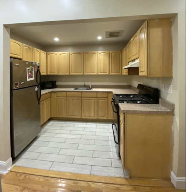 4 Bedrooms, Bushwick Rental in NYC for $2,500 - Photo 1