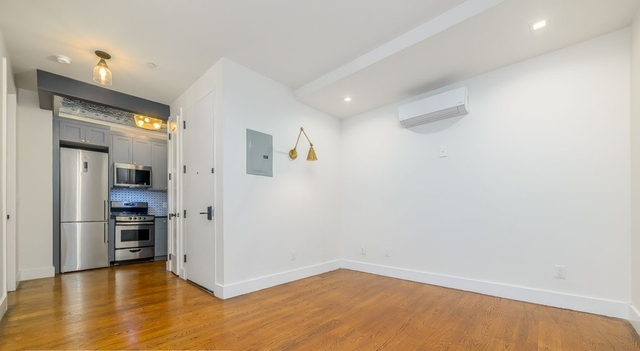2 Bedrooms, East Williamsburg Rental in NYC for $3,552 - Photo 1