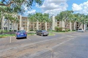 2 Bedrooms, Pine Island Ridge Rental in Miami, FL for $1,375 - Photo 1