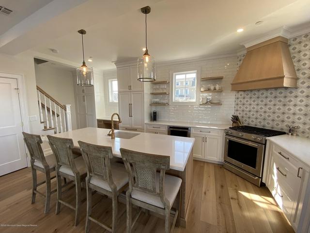 2 Bedrooms, Bay Head Rental in North Jersey Shore, NJ for $3,800 - Photo 1