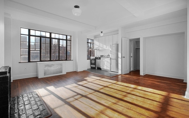 Studio, Chelsea Rental in NYC for $2,450 - Photo 1