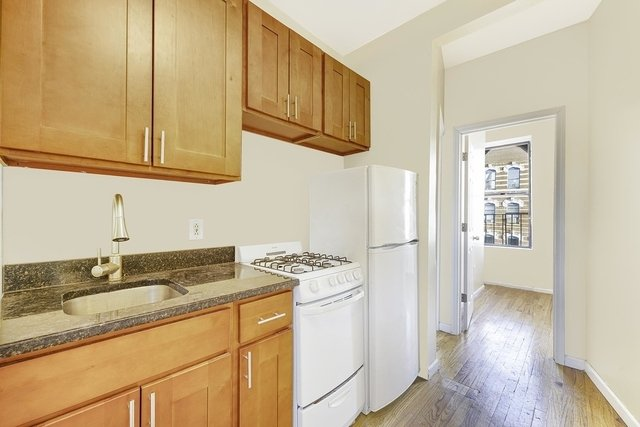 3 Bedrooms, Alphabet City Rental in NYC for $2,191 - Photo 1