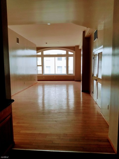 1 Bedroom, Historic Downtown Rental in Los Angeles, CA for $1,900 - Photo 1