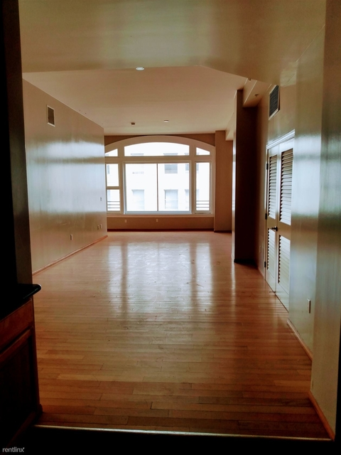 2 Bedrooms, Historic Downtown Rental in Los Angeles, CA for $2,400 - Photo 1