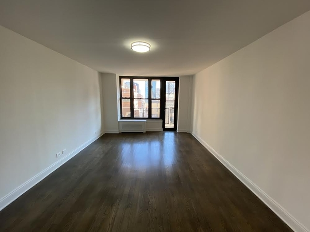 2 Bedrooms, Murray Hill Rental in NYC for $3,575 - Photo 1