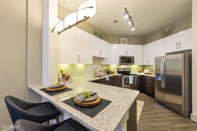 1 Bedroom, Castle Court Rental in Houston for $1,299 - Photo 1