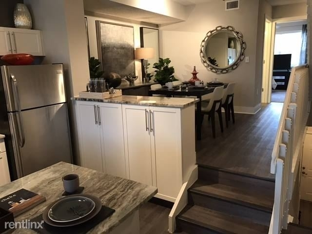 2 Bedrooms, Tiffany Lakes Rental in Miami, FL for $2,068 - Photo 1