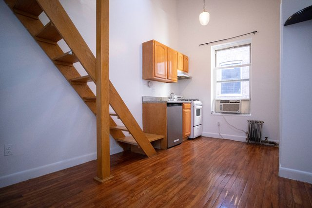 Studio, Chelsea Rental in NYC for $2,100 - Photo 1