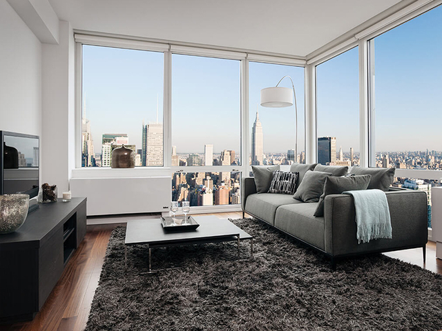 2 Bedrooms, Hell's Kitchen Rental in NYC for $3,820 - Photo 1