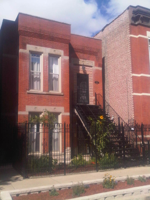 3 Bedrooms, Tri-Taylor Rental in Chicago, IL for $1,800 - Photo 1