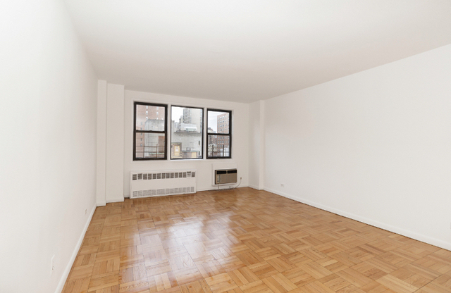 Studio, Gramercy Park Rental in NYC for $2,053 - Photo 1