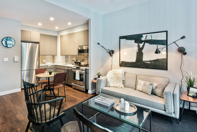 2 Bedrooms, Chelsea Rental in NYC for $4,786 - Photo 1