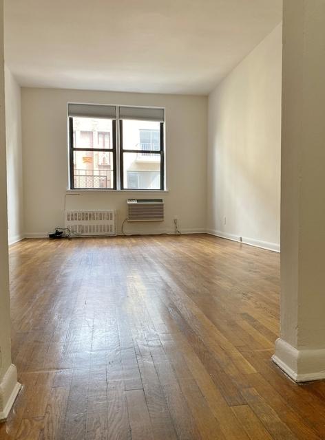 Studio, Yorkville Rental in NYC for $1,399 - Photo 1