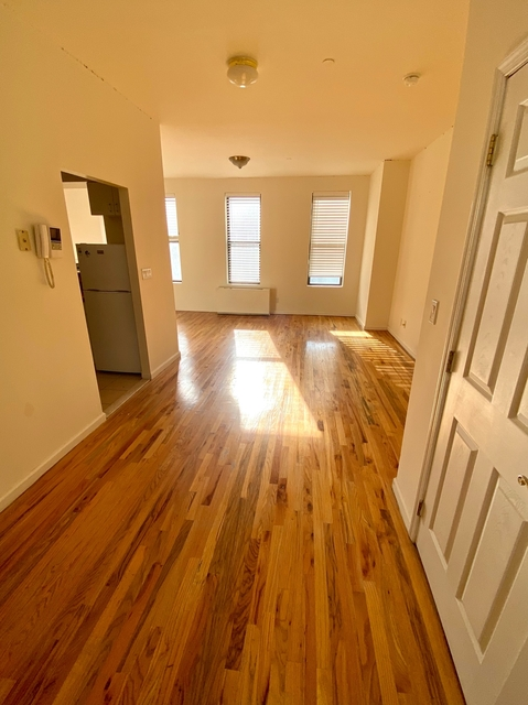 Studio, Hell's Kitchen Rental in NYC for $1,790 - Photo 1