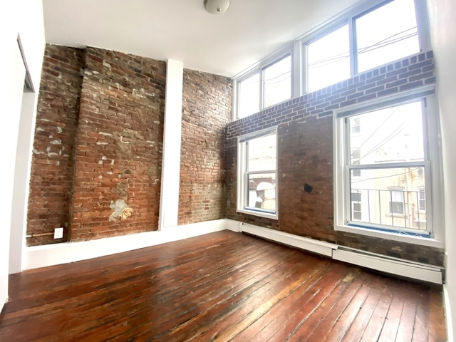3 Bedrooms, SoHo Rental in NYC for $4,250 - Photo 1