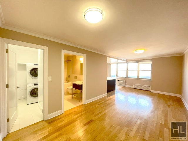 2 Bedrooms, Tribeca Rental in NYC for $4,196 - Photo 1