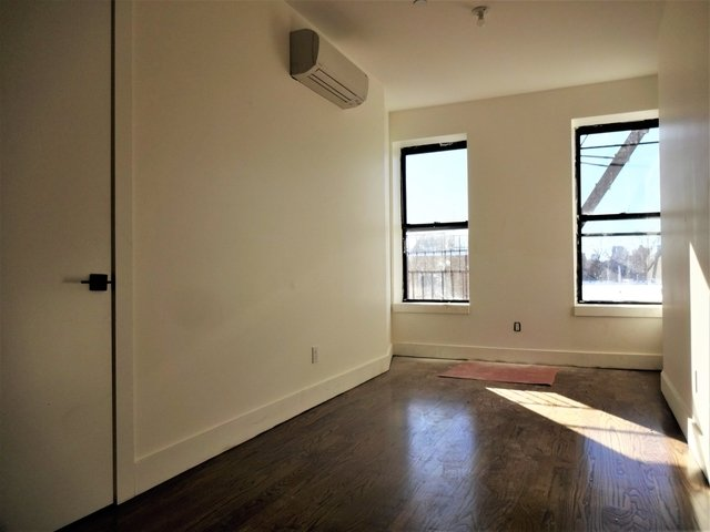 Room, Bedford-Stuyvesant Rental in NYC for $1,000 - Photo 1