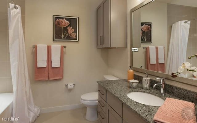 2 Bedrooms, Neartown - Montrose Rental in Houston for $2,675 - Photo 1