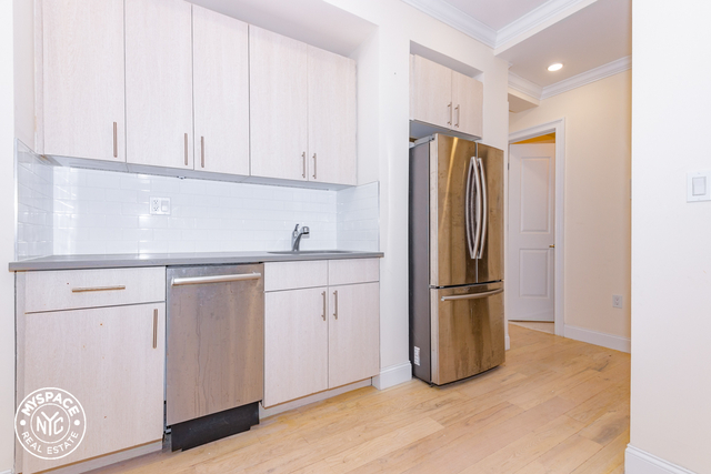 3 Bedrooms, Bushwick Rental in NYC for $2,215 - Photo 1
