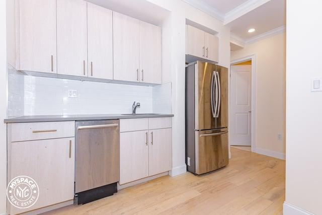 3 Bedrooms, Bushwick Rental in NYC for $2,292 - Photo 1