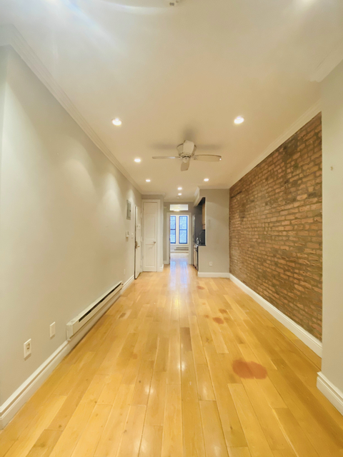 2 Bedrooms, Alphabet City Rental in NYC for $2,912 - Photo 1