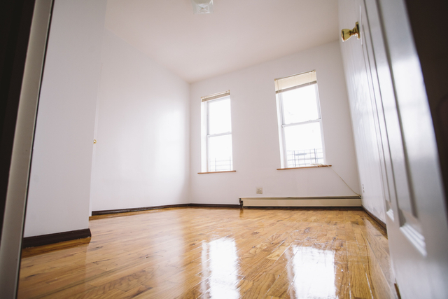 Room, Ocean Hill Rental in NYC for $1,050 - Photo 1