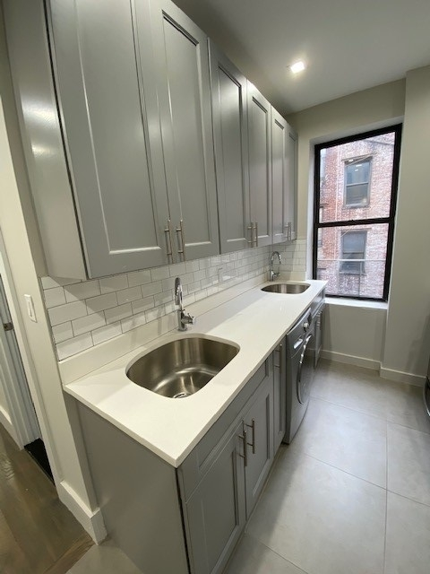 1 Bedroom, Crown Heights Rental in NYC for $1,954 - Photo 1