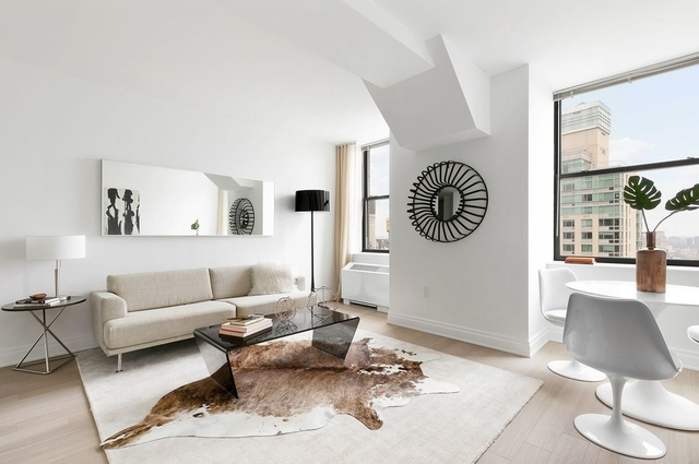 2 Bedrooms, Financial District Rental in NYC for $6,596 - Photo 1