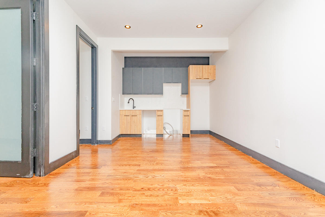 3 Bedrooms, Bushwick Rental in NYC for $2,299 - Photo 1