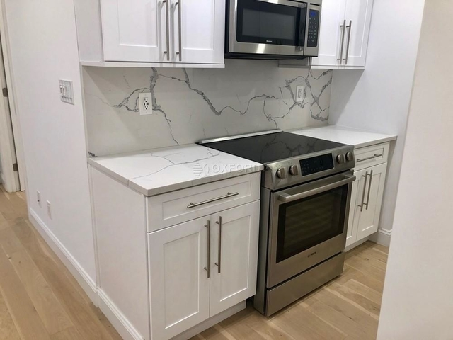 3 Bedrooms, Turtle Bay Rental in NYC for $4,869 - Photo 1