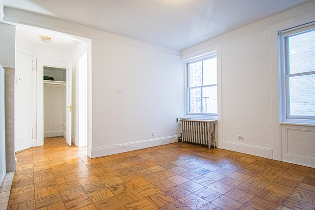 1 Bedroom, West Village Rental in NYC for $2,333 - Photo 1