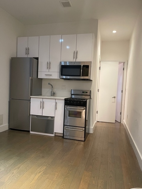 2 Bedrooms, Bowery Rental in NYC for $2,099 - Photo 1