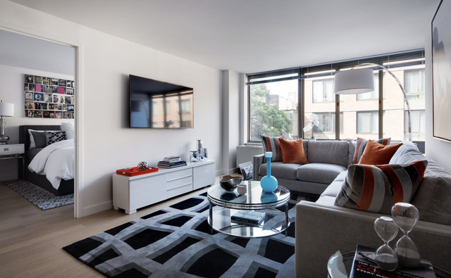 2 Bedrooms, Chelsea Rental in NYC for $6,296 - Photo 1