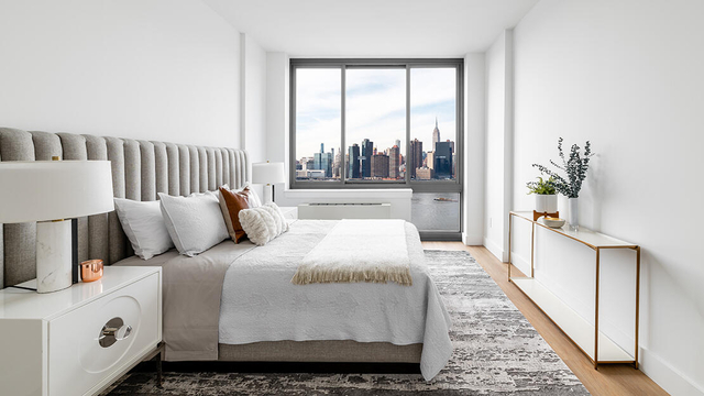 2 Bedrooms, Hunters Point Rental in NYC for $5,480 - Photo 1