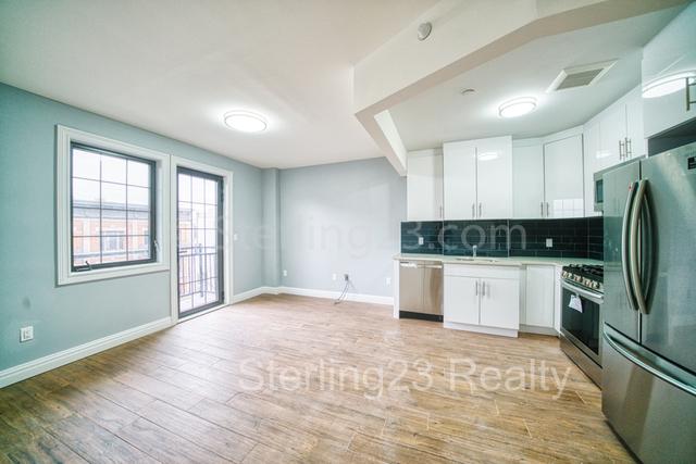 1 Bedroom, Astoria Rental in NYC for $2,500 - Photo 1