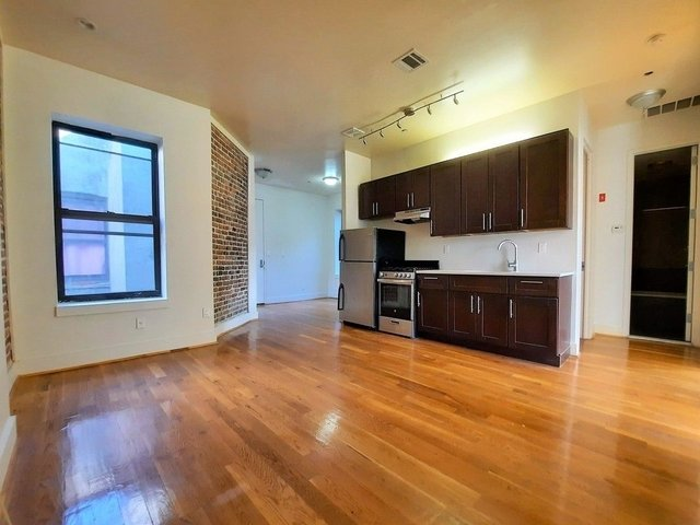 3 Bedrooms, Crown Heights Rental in NYC for $2,325 - Photo 1